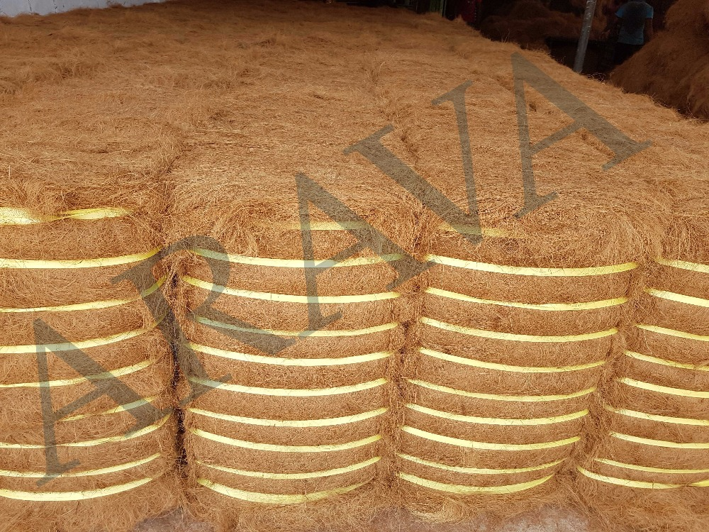 Manufacturer of coir fiber that are used as commercial natural fiber in designing mats, sacking, mattresses