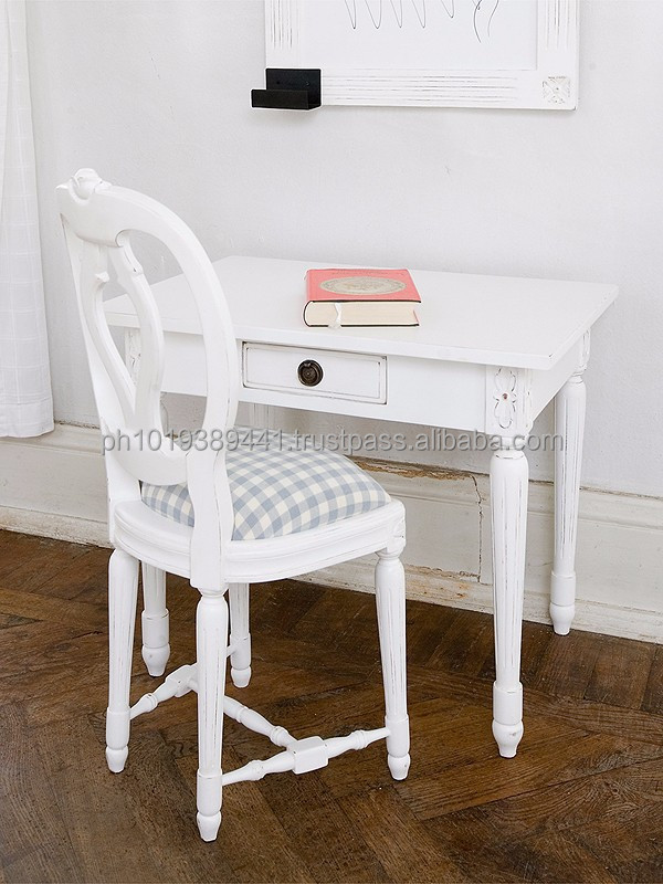 Childrens desk in gustavian style