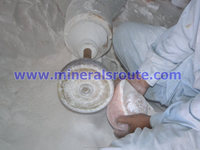 Himalayan Natural Crystal Rock Salt Carving Process/ Manufacturing