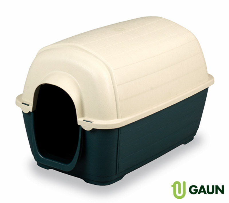 Plastic Dog house. Medium