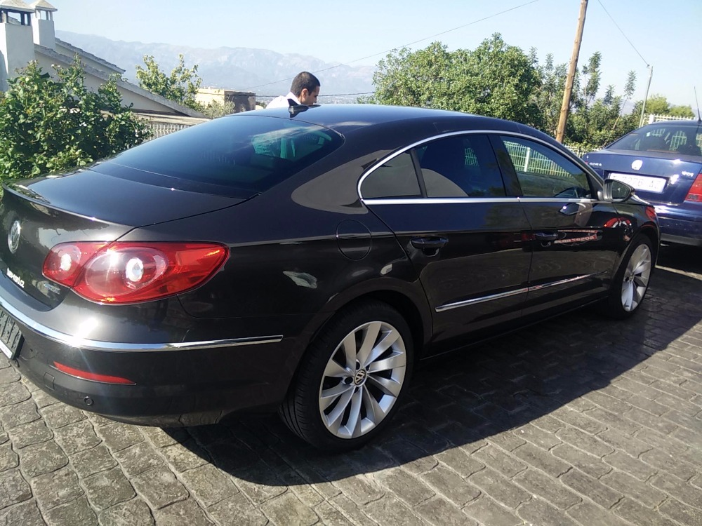 Volkswagen Passat CC Sport Car 2.0 TDI Bluemootion 140 Hp