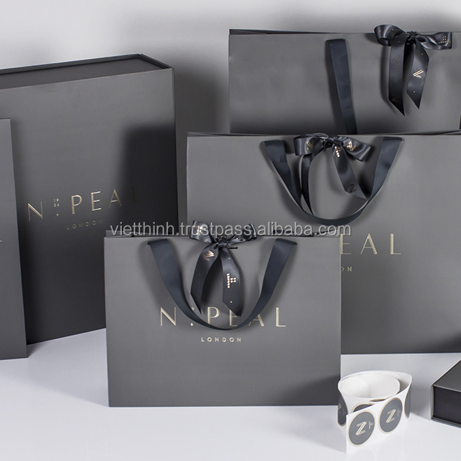 2017 Luxury Gift Bag Large and paper bag design / Packaging Printing