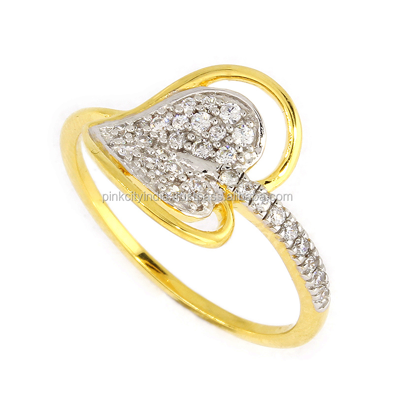 10 KT Gold Ring With White Cubic Zirconia