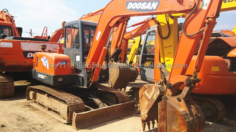 crawler moving type Used Doosan DH55 mini crawler excavator with hydraulic engine/second hand Doosan DH55 5.5t