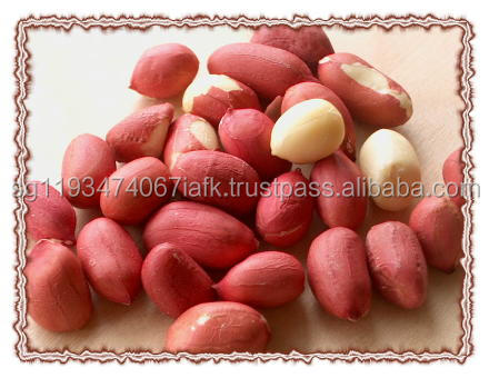 Whole peanuts, split, blanched peeled and peanut kennels