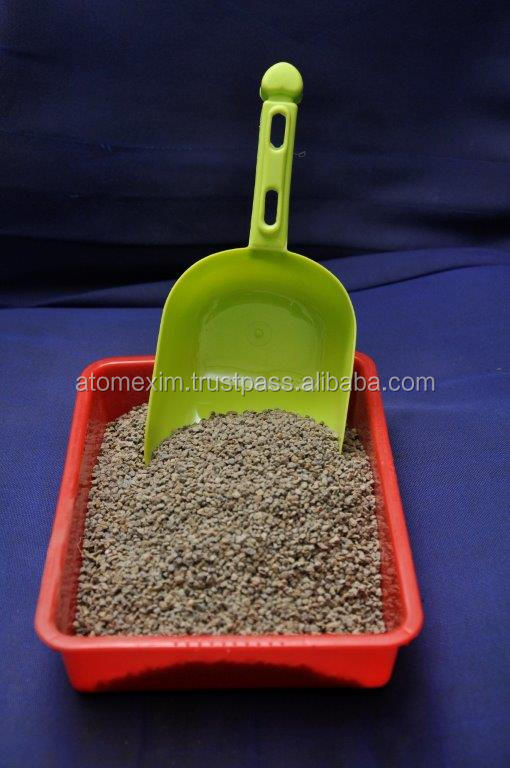 Gray Colored Cat Litter