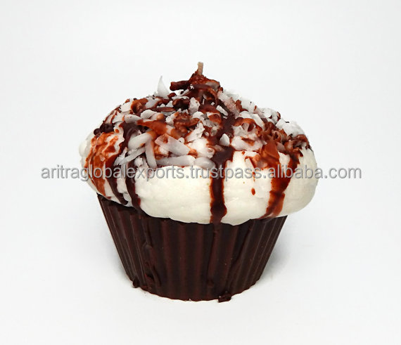 Dark Chocolate and Coconut Cupcake Candle