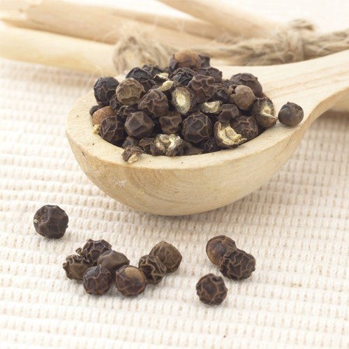 Pure & Natural Black Pepper Essential Oil (Piper nigrum) with high quality