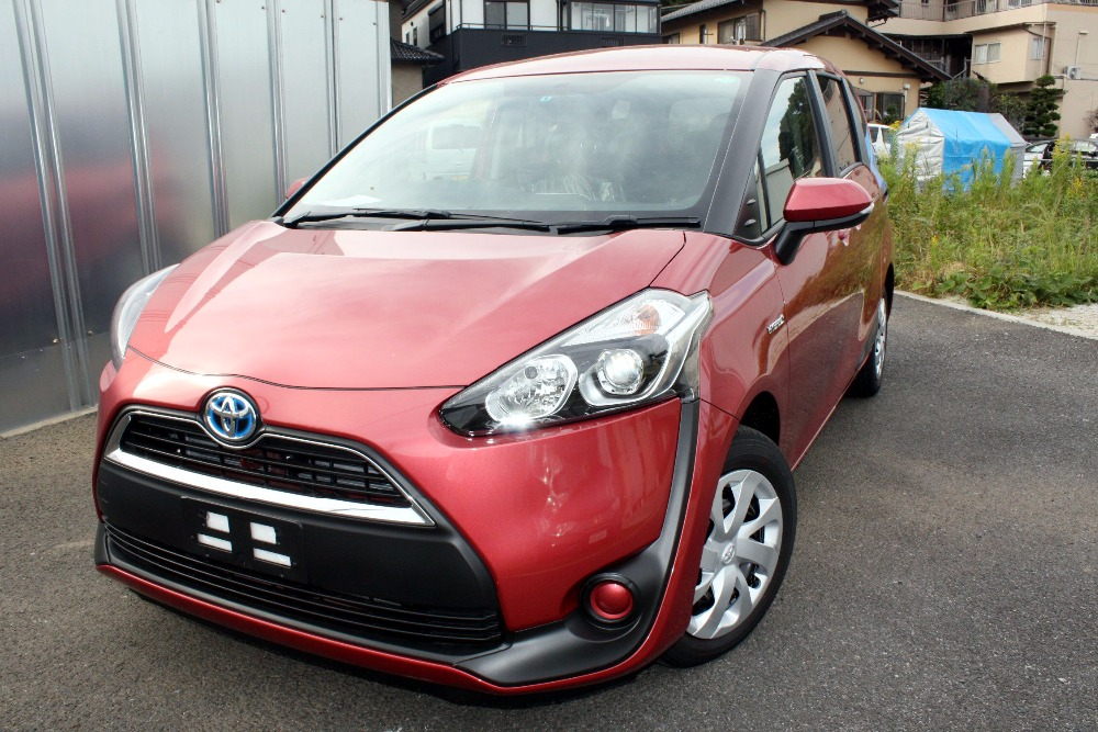 2017 Toyota Sienta G Package 7 seater Brand New from Japan