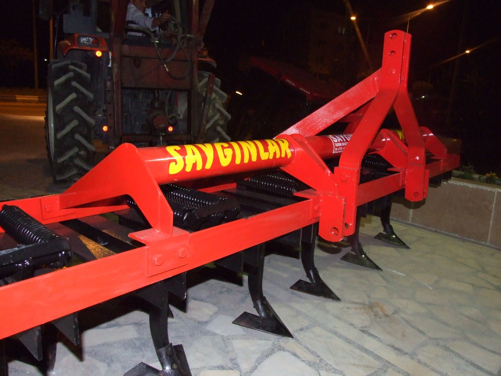 Cultivator Agricultural Machinery High Quality and Efficiency Cultivator With Roller