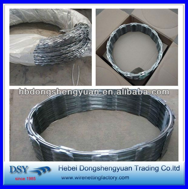 2016 China hot sale BTO-22 razor barbed wire with high quality in alibaba