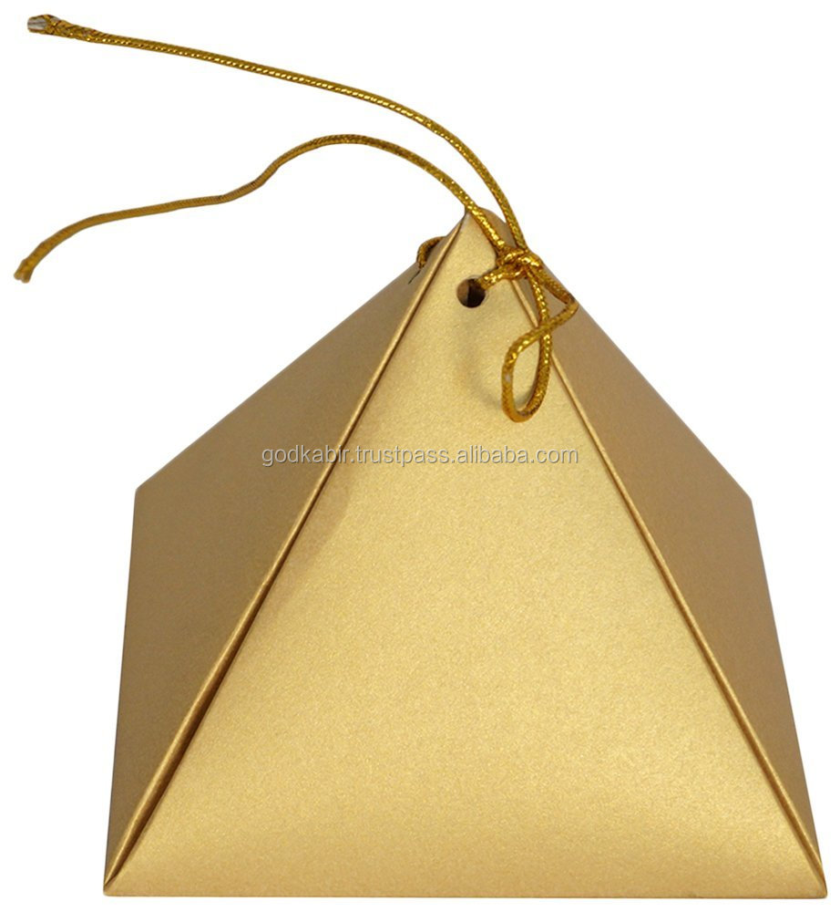 Modern triangular shape design best brown colour Arrow Paper Bags Pyramid Chocolate Paper Bags (11.9 cm x 11.9 cm x 13.9 cm, )