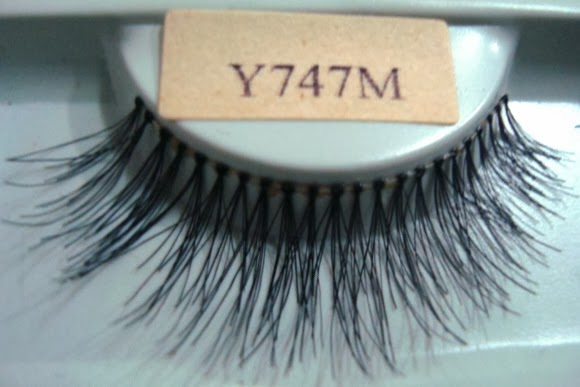 False Eyelashes #Y747M Made In Indonesia