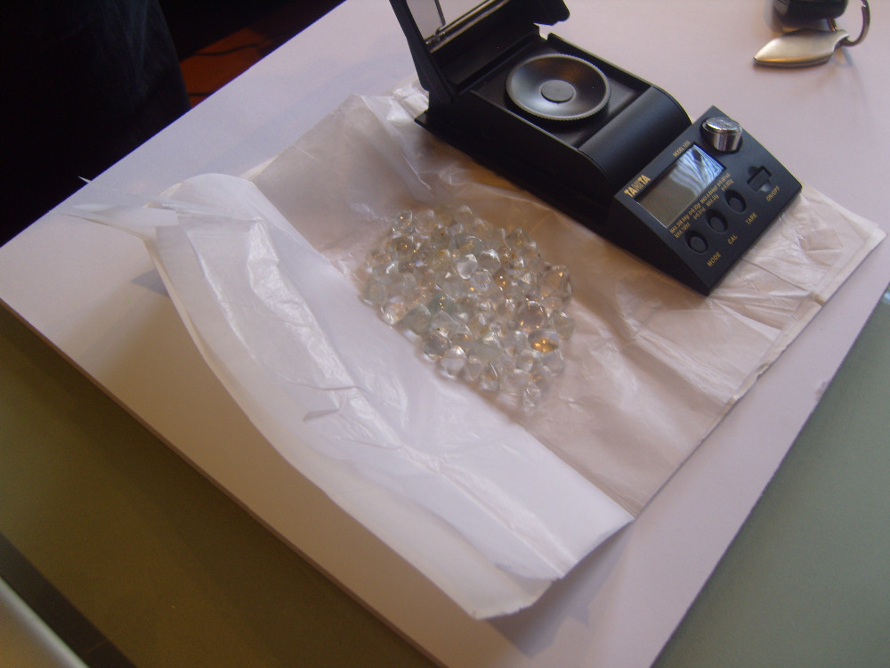 Uncut rough diamonds for sale