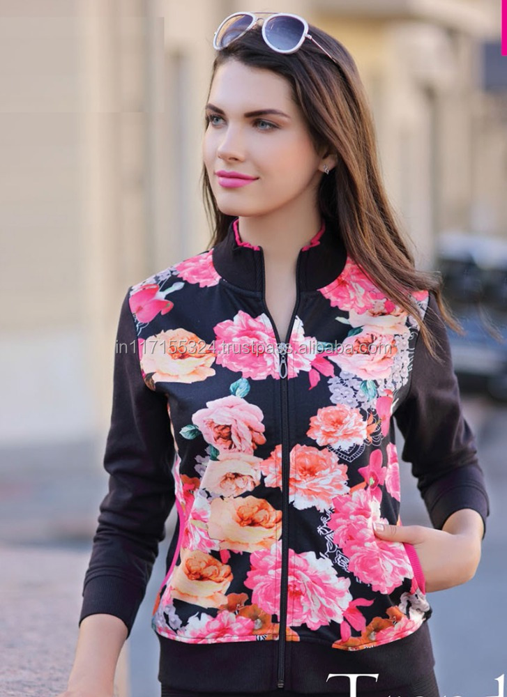 2015 European and American women's black flowers design sweater