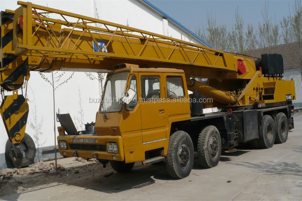 Used kato/XCMG/ZOOMLION truck crane, used tadano 40 t truck cane for sale in Shanghai!