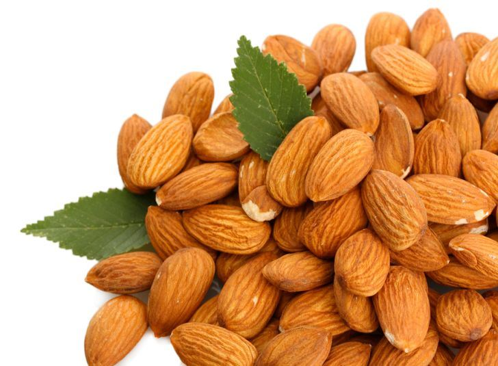PREMIUM QUALITY Almonds / California ALMOND / BITTER AND SWEET ALMOND