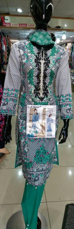 Pakistani ladies design clothes