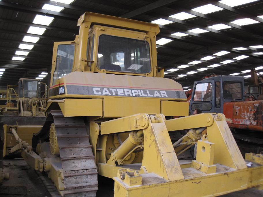 Used CAT D7H Bulldozer, Used Caterpillar Bulldozer D7H new paint in good condition