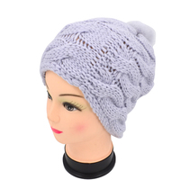 High Quality Custom Knitted Women Winter Fluffy Pompom Hat, Warm Winter hats for ladies