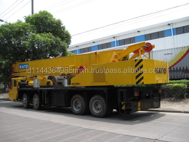 TADANO 250 ton 35ton used crane trucks in uae for sale in shanghai