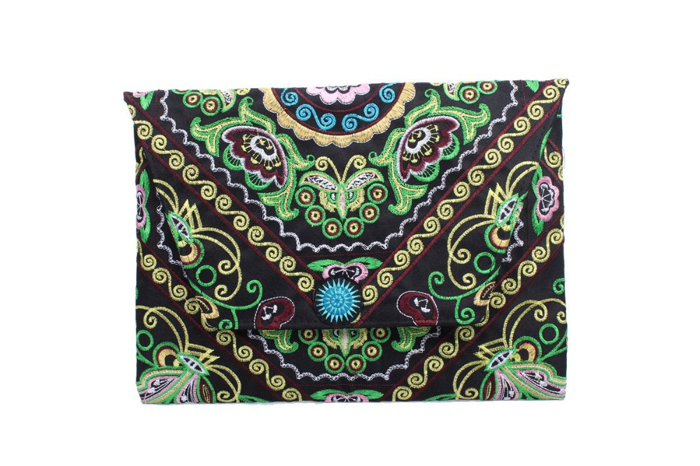 Sublime Clutch With A Green Butterfly Embroidered Pattern, Adorned With Multi Hmong Star