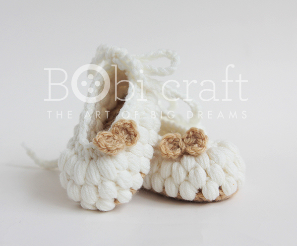Cute soft Baby handmade shoes, hand knitted crochet gifts for kids