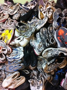 USED CLOTHING,SHOES AND OTHER ITEMS