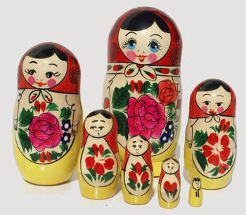 Handmade Matryoshka with Rose Flowers Traditional Wooden Babushka Russian Dolls Matryoshka Art Handcrafted Children Toy Set 7pc
