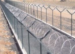 SECURITY PANEL FENCE WITH CONCERTINA RAZOR WIRE / SET