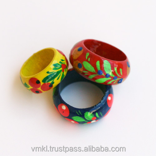 Souvenir wood ring, wood finger ring mix, rings of different sizes and colors (AJ3)