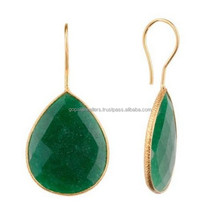Natural Quality Dyed Emerald Gemstone For Antique Jewelry