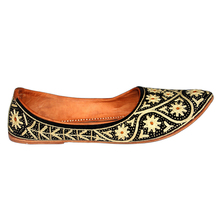 rajasthani famous bhinmal hand made wedding shoes and leather footwear
