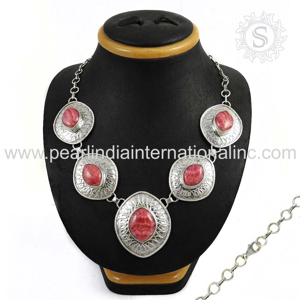 Glittering Pink Gemstone Handmade Jewelry 925 Silver Necklace Wholesaler 925 Sterling Silver Jewelry Supplier