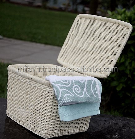Natural rattan storage basket with lid