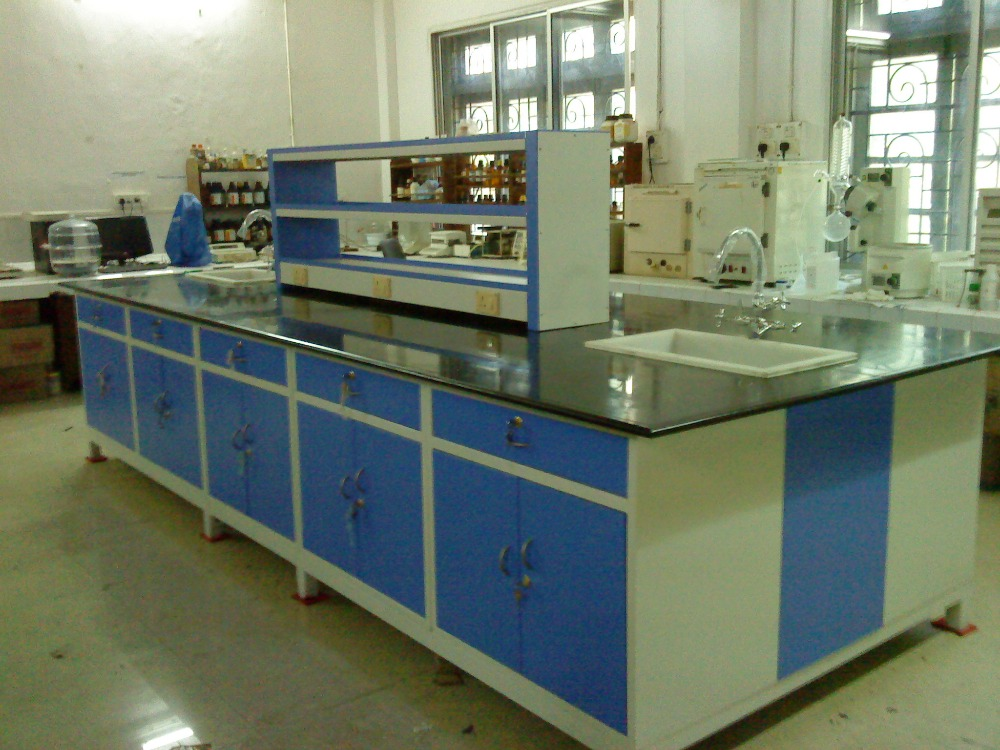 Lab Furniture for Colleges