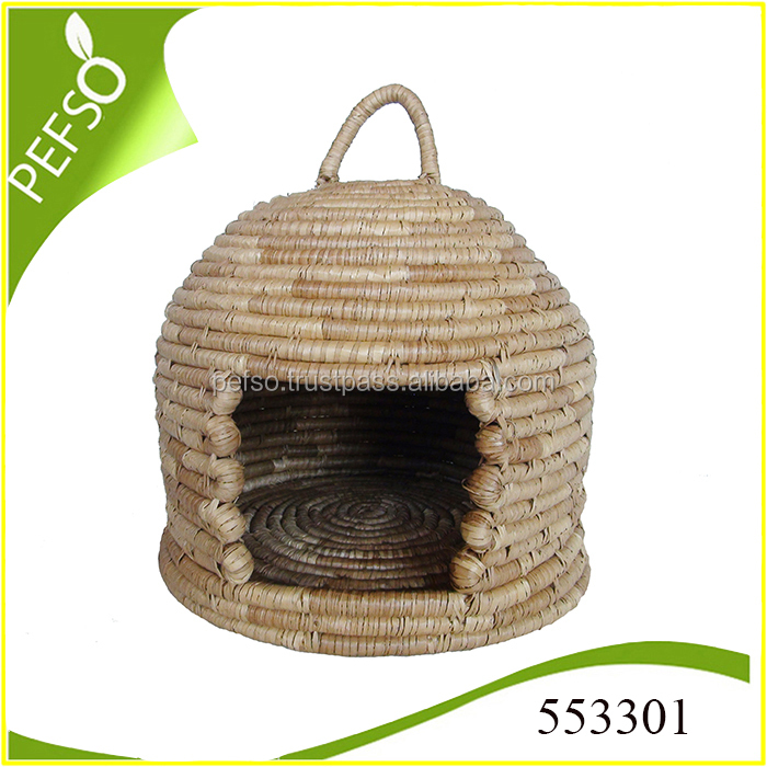Eco-friendly Seagrass Pet Cage