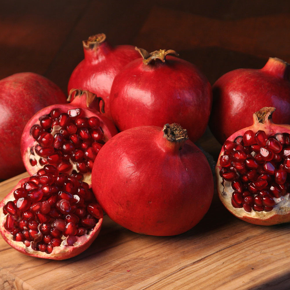 Bhagwa Organic Pomegranate From Holland