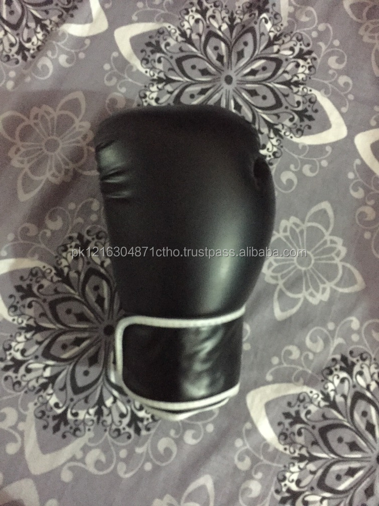 delicate and new style brand name boxing gloves by HAWK EYE CO.