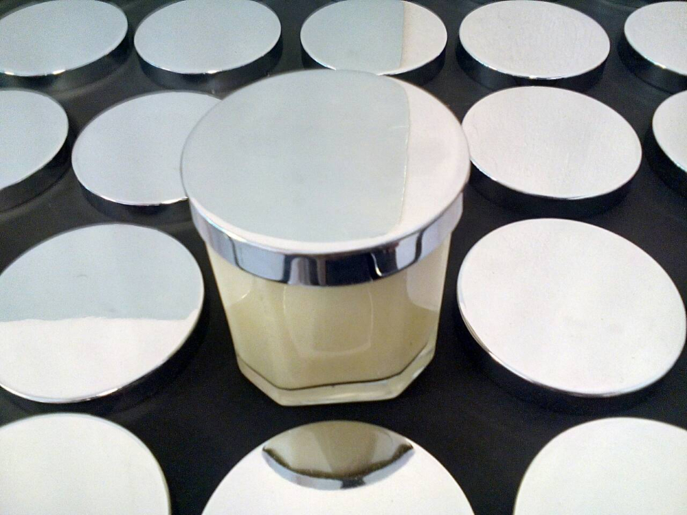 Chrome metal candle lid