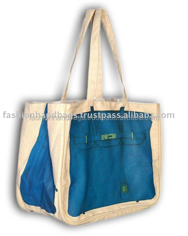 В обеих сумках или обоих сумках
