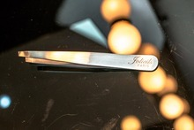 EYEBROWS TWEEZER
