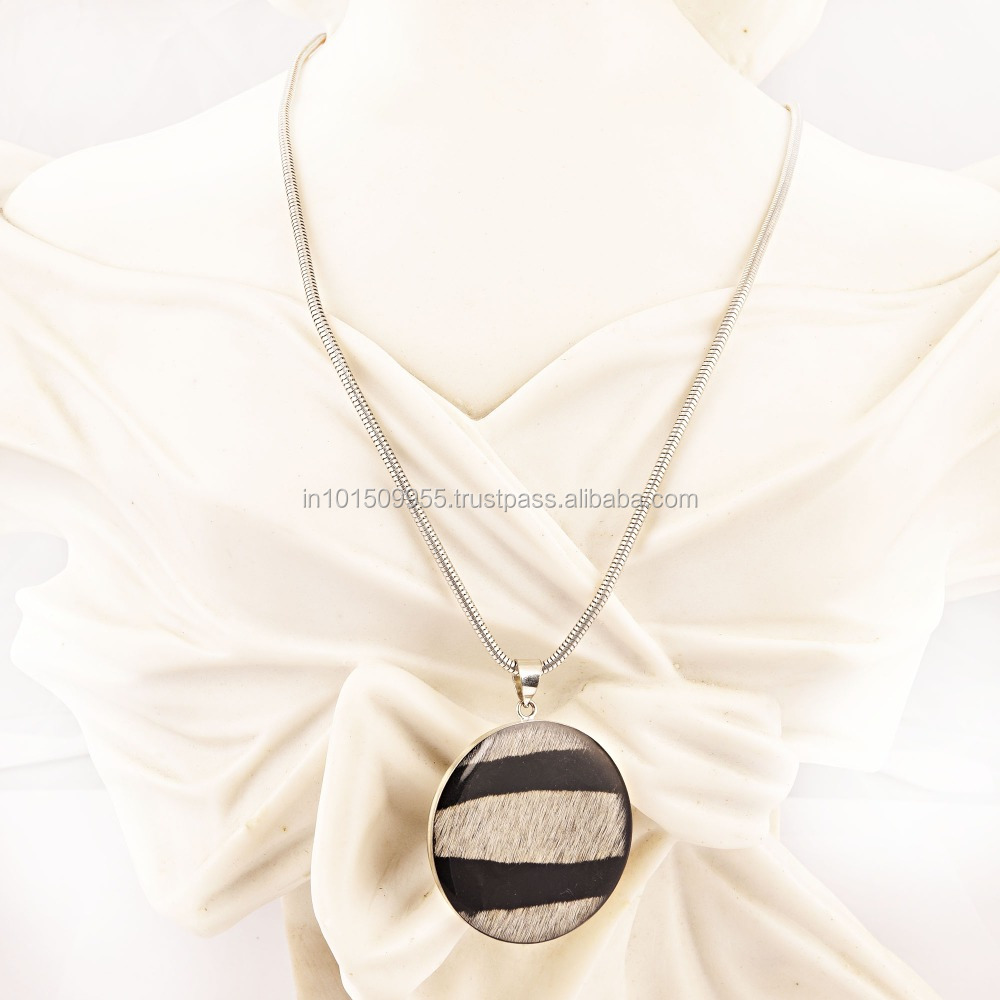 Stylish Striped Pendant Necklace 2016 Fashion Jewellery buy at best prices on india Arts Palace