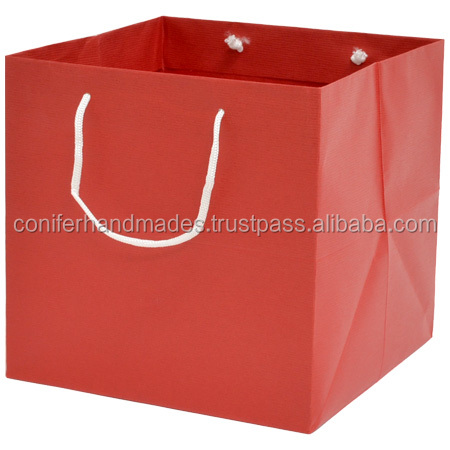 custom made paper bags for cakes for cake cake shops, bakeries, confectioners, bakers