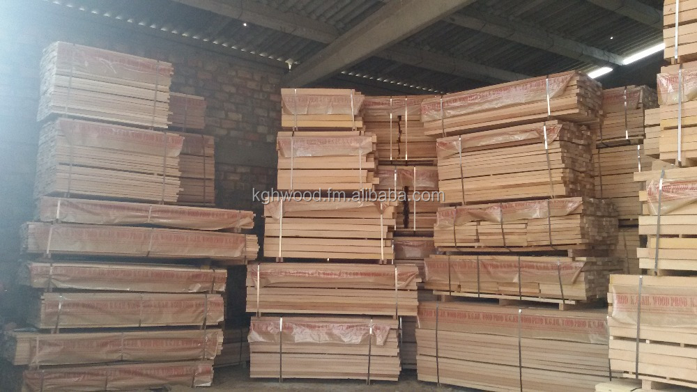 Beech wood lumber, kd, edged, lightly steamed
