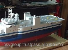 Model CGG Amadeus Scale 1: 100- Wooden ship model