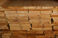 Pine Lumber 8-14% KD S4S (furniture/construction grade) from ukraine
