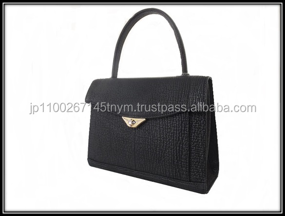 Easy to use and various materials of good handbag bag with two way handles