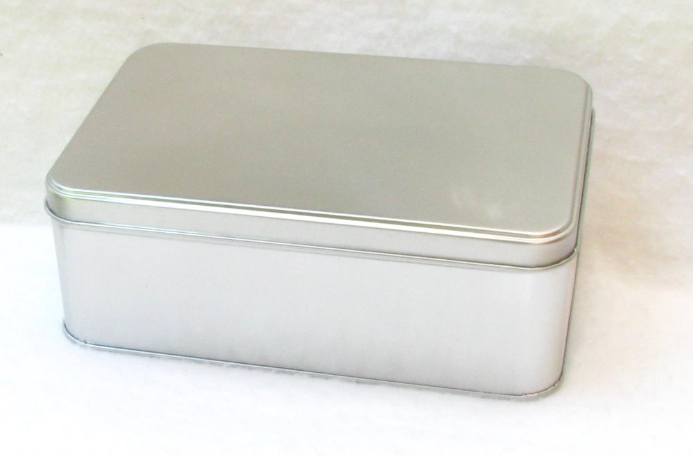 Rectangular Tins with flat hinged lid