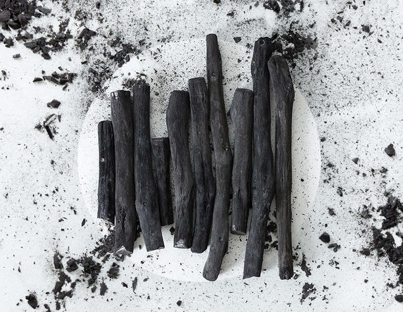 Mangrove Charcoal for BBQ and Oak Charcoal in Lumps and Stick